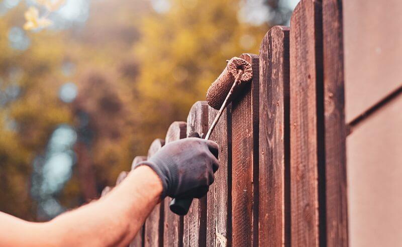 kerítés festés házilag
