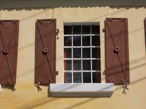 A műanyag ablak beállítása csakis szakemberekkel lehetséges